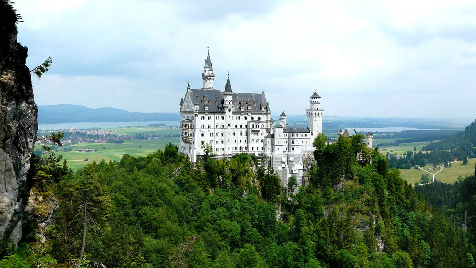 Moving to Germany - A Quick Guide